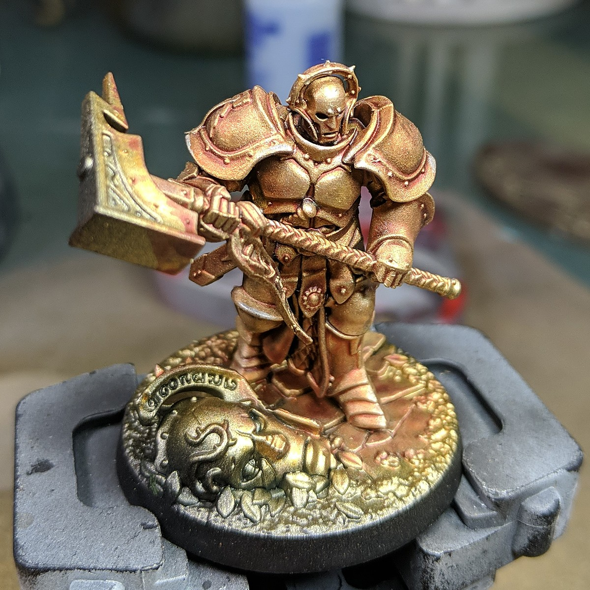 Stormcast Eternals - Gold Armour with Contrast paint