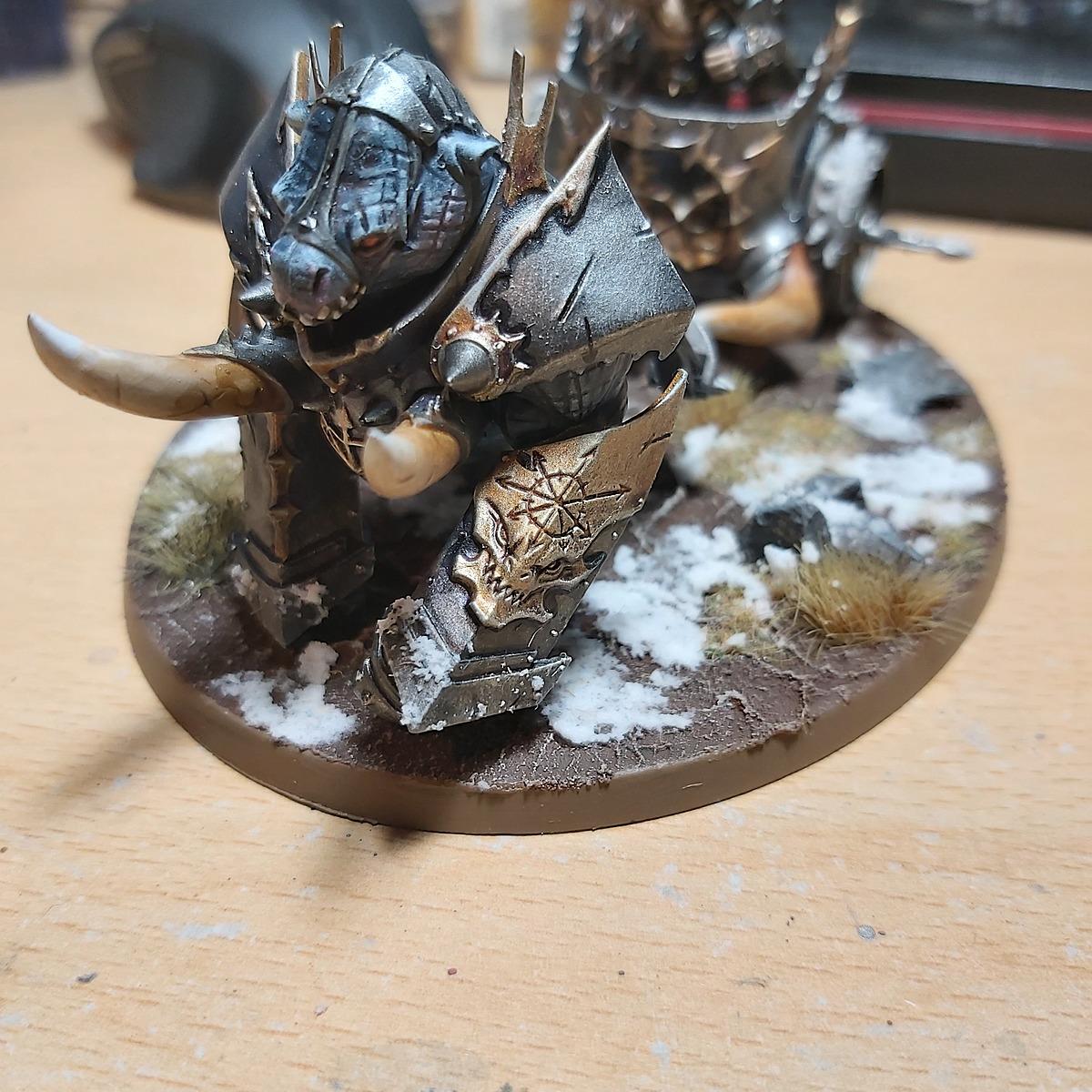 Tzeench Chaos Warrior cold gold trim